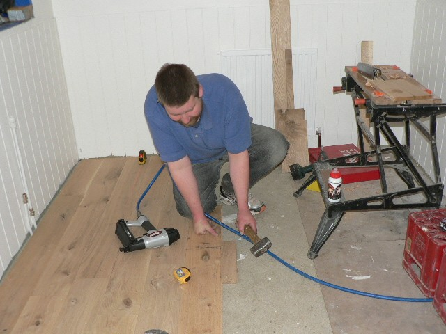 Fitting Solid Oak Flooring The Expert